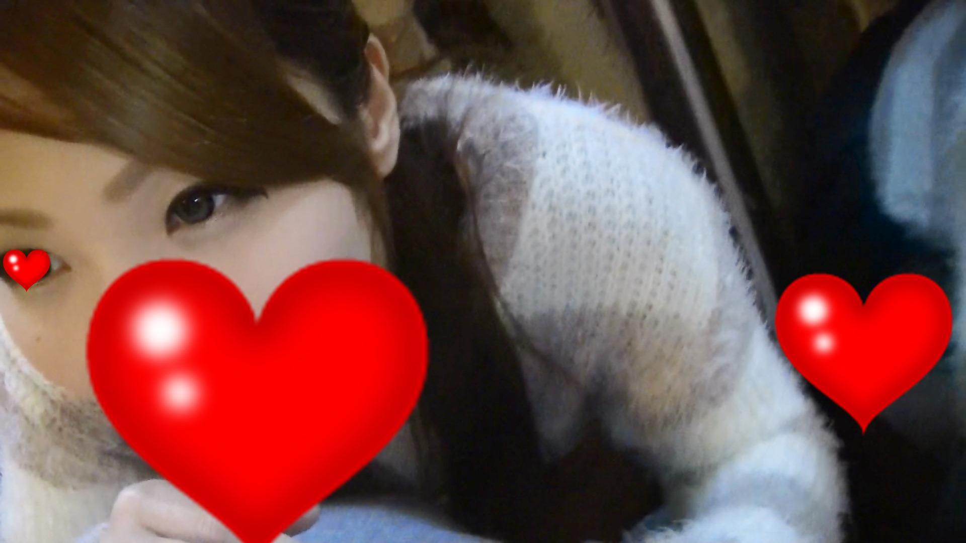 【素人動画】《無》カラオケでじゅぽフェラ 極上フェラに口内発射ごっくん!!!