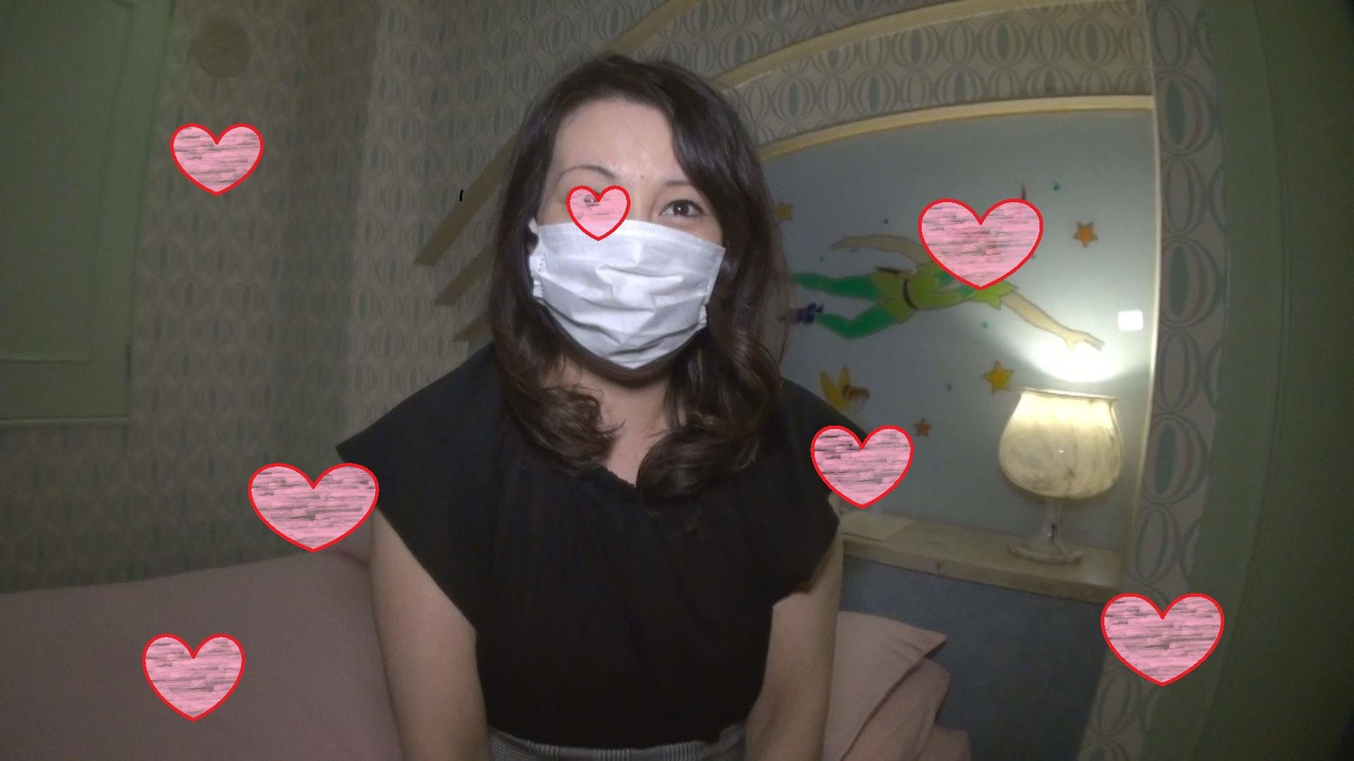 42歳専業主婦と生ハメ 「私…全身性感帯ですぐイッちゃうんです」個人撮影