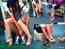 女性物靴売り場に入ったら美脚おねーさんの試し履きを二連続で見れた