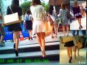 街角で見かけるセクシー美脚のおねーさんに魅かれて追跡しながら観察