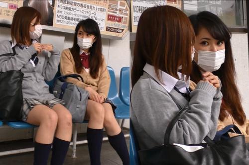 〖激レア!!〗W撮り成功!! ピチピチギャル2人組の純白なパンツ映像!!